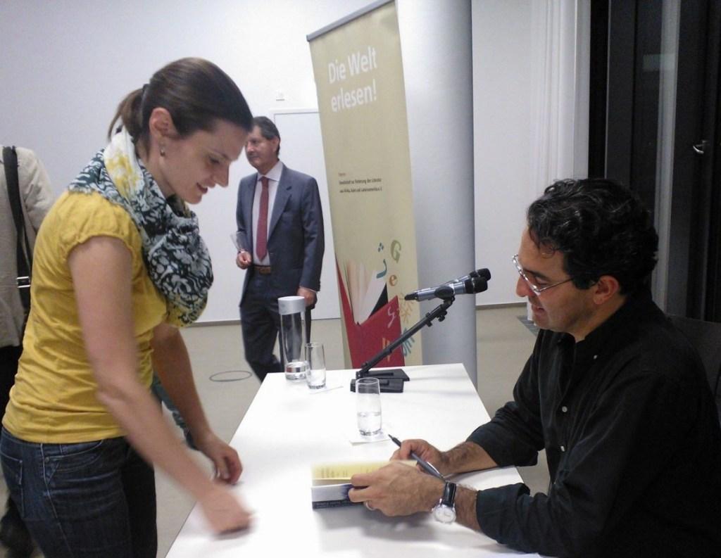 Juan Gabriel Vásquez und die Bücherliebhaberin