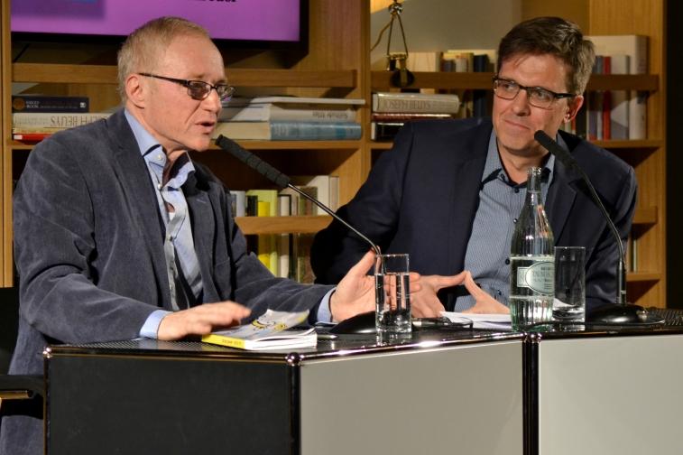 David Grossman im Gespräch mit Alf Mentzer (c) caterina | SchöneSeiten