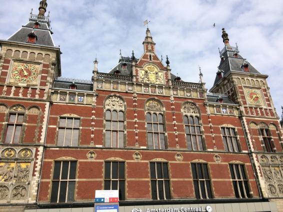 Amsterdam Centraal Station ©Bettina Baltschev