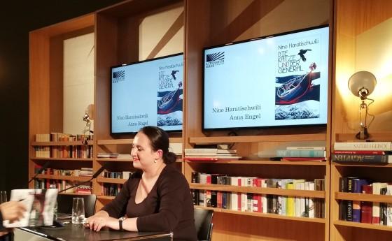 Nino Haratischwili im Literaturhaus Frankfurt: Die Katze und der General 2018 | @glasperlenspiel13