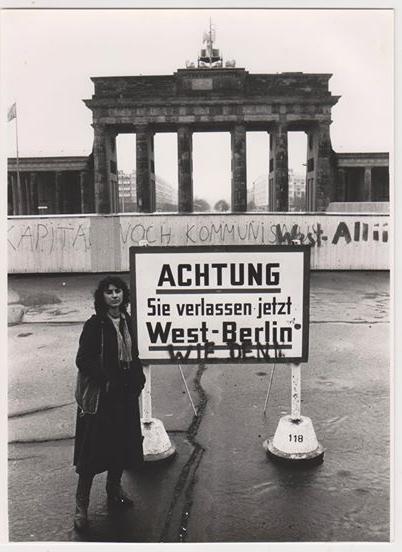 Esther Andradi gerade in Westberlin angekommen 1983 ©EstherAndradri